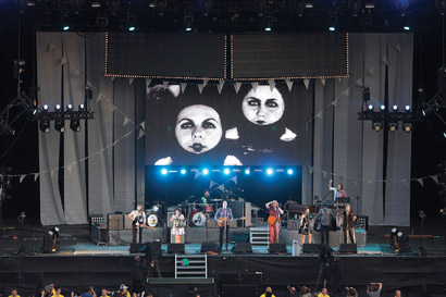 Arcade Fire supported by XL Video