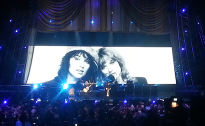 Heart on the MC7 video panels and onstage.