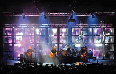 Pixies tour photo by Steve Jennings