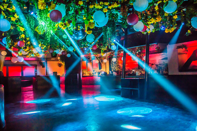 space lighting miami. Each Of Heart\u0027s Three Floors Has A DJ Booth, Dance Floor And Lighting Rig To Space Miami