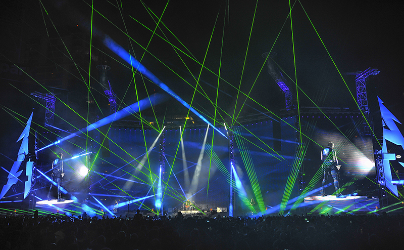 ER Productions provided a multitude of laser sources. Metallica 2017 tour photo by Steve Jennings