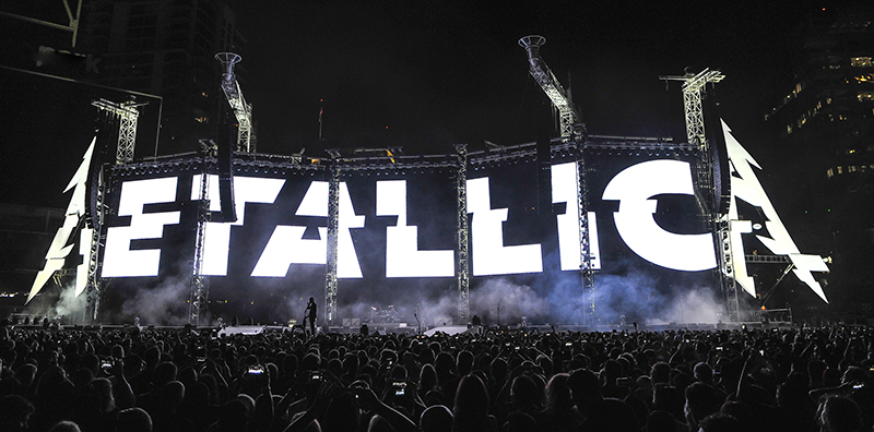 The Video makes a statement. Metallica 2017 tour photo by Steve Jennings