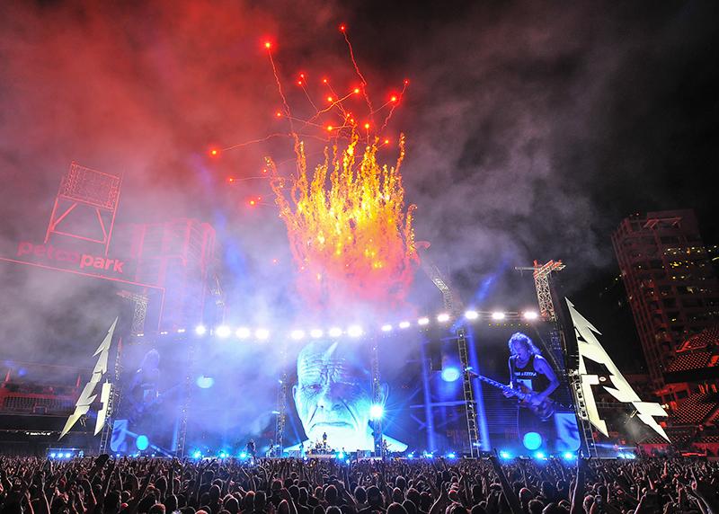Metallica 2017 tour photo by Steve Jennings