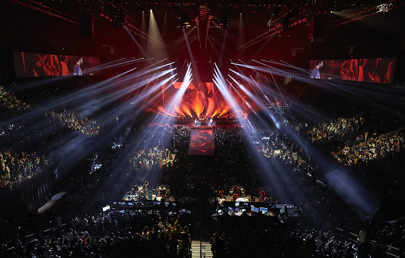 Maroon 5 played the opening night